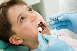 Doctor Examining a child's teeth